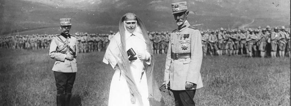 Regina Maria şi Generalul Averescu